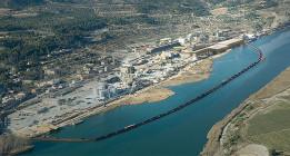 Contaminación y mala gestión: medio centenar de playas con bandera negra