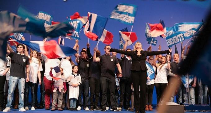 El Front National, en vías de ganar las elecciones europeas