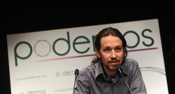 El CIS sitúa a Podemos como segunda fuerza en intención directa de voto