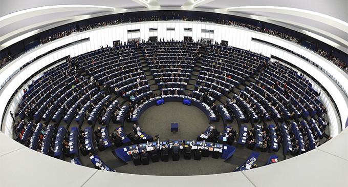 <em>A Europa a romper con el chantaje de la deuda</em>