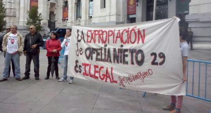 Ofelia Nieto irrumpe en el pleno del Ayuntamiento de Madrid