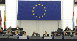 Los europarlamentarios deberán pagar sus impuestos en España