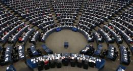 Neonazis y ultraderechistas reciben subvenciones millonarias de la UE