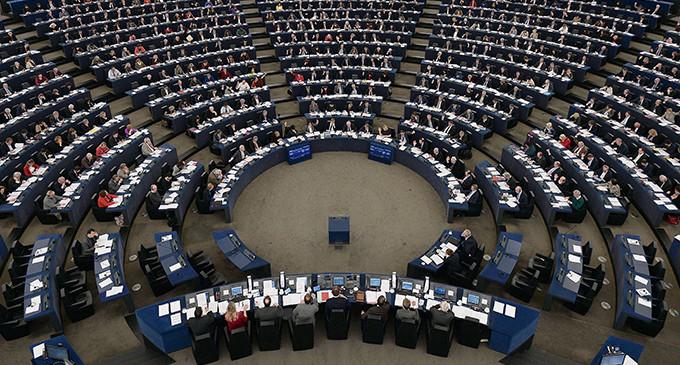 Una nueva norma europea protege las empresas de filtraciones a la prensa