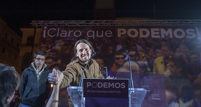 Los dos partidos que han ganado más votos: Podemos (1,2 millones) e IU (1 millón)