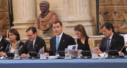 Los grandes empresarios se lanzan a cortejar a Felipe VI