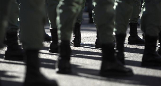 Militares críticos se plantan ante los abusos en el Ejército