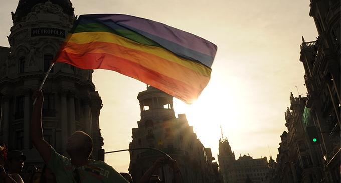 Bandera LGTBI en Madrid | La Marea