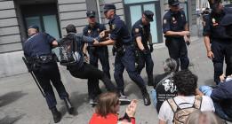 La Policía impide el Rodea el Congreso y amedrenta a la prensa