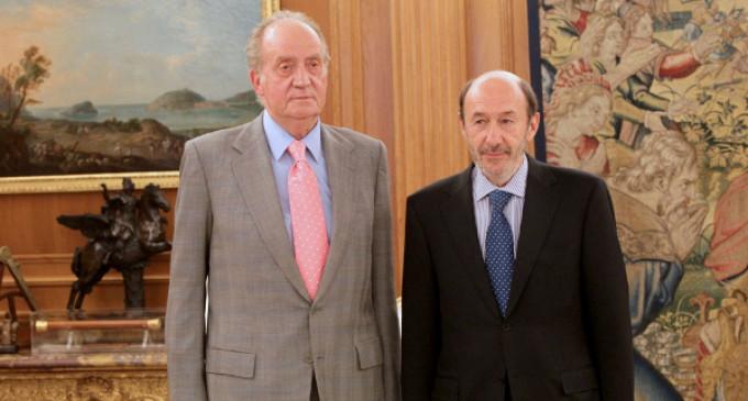 Revuelta interna en el PSOE contra la monarquía