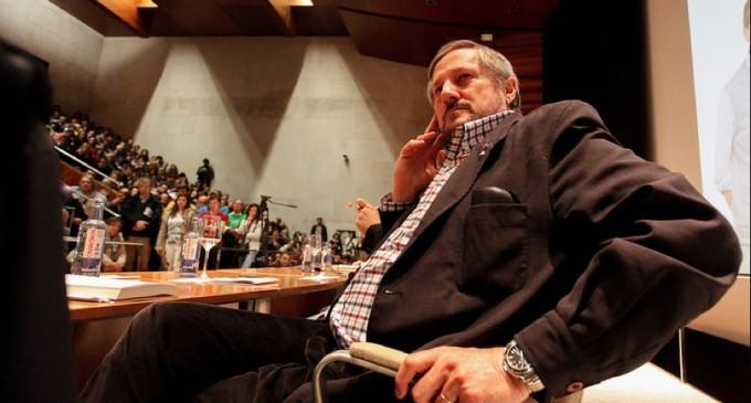 Willy Meyer dimite por su participación en una SICAV en Luxemburgo