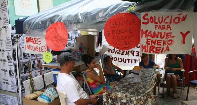 Acampadas en la calle presionan para lograr daciones en pago