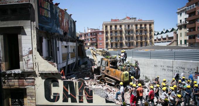 Can Vies recauda más de 55.000 euros para reconstruir el centro social de Sants