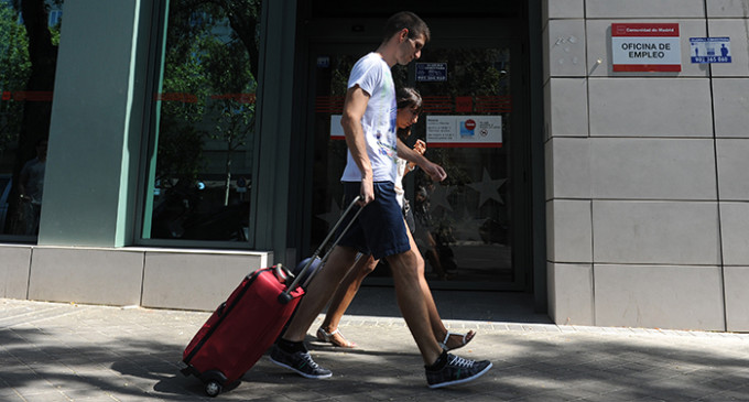 Cerca de 4,5 millones de personas buscan trabajo en España