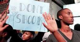 Los disturbios en Ferguson crecen tras la autopsia al joven asesinado por la policía
