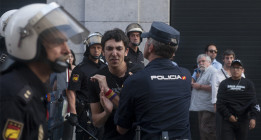"""El Gobierno defiende las detenciones durante la coronación ante la """"radicalización"""" republicana"""