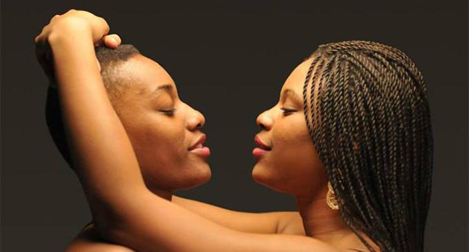 <em>¿Es africana la homosexualidad?</em>