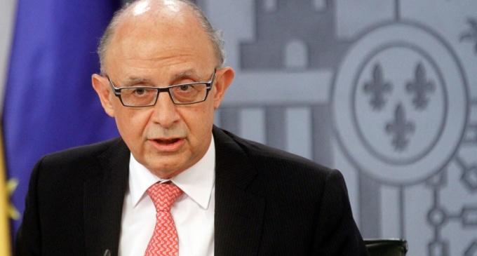 Montoro anuncia una intervención de las cuentas catalanas