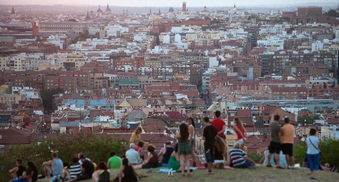 Madrid se inspira en el 15-M para sus consultas populares