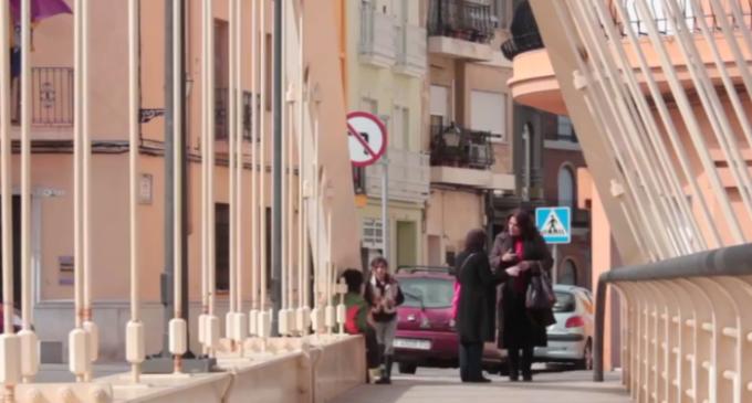 <em>Voces de mujeres marroquíes para acercar dos orillas</em>