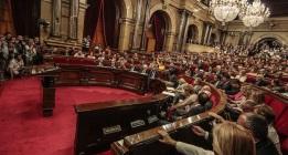 El Parlament aprueba la resolución independentista con los votos de JpS y CUP