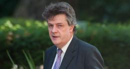 La Comisión Europea quiere menos ataduras para la banca