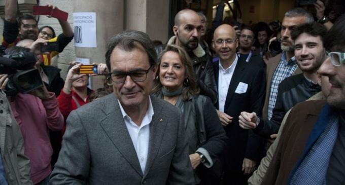 Los partidos soberanistas dejan atrás la unidad un día después del 9-N