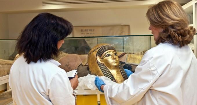¿Qué son arqueologías de elite y  arqueologías desde abajo?