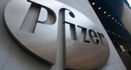 El Gobierno encarga el plan sobre la Hepatitis C a un doctor vinculado a la farmacéutica Pfizer