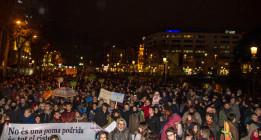 """Miles de personas denuncian el """"montaje"""" del 4-F"""