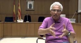 Al borde de la expulsión por redactar un borrador de Constitución catalana