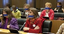 """Movimientos sociales y oposición condenan las """"leyes mordaza"""" en el Congreso"""