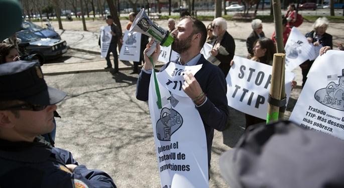 Protesta contra el TTIP en Madrid, el año pasado - Álvaro Minguito / DISO Press