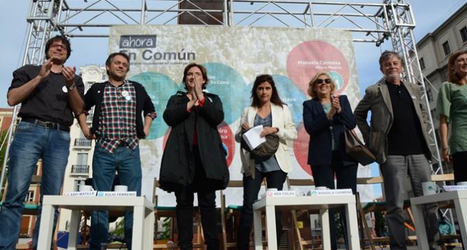 Ada Colau y Manuela Carmena llaman en Madrid a superar la democracia representativa