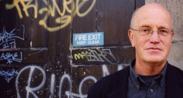 """Iain Sinclair: """"Caminar la ciudad se ha convertido en un acto político"""""""