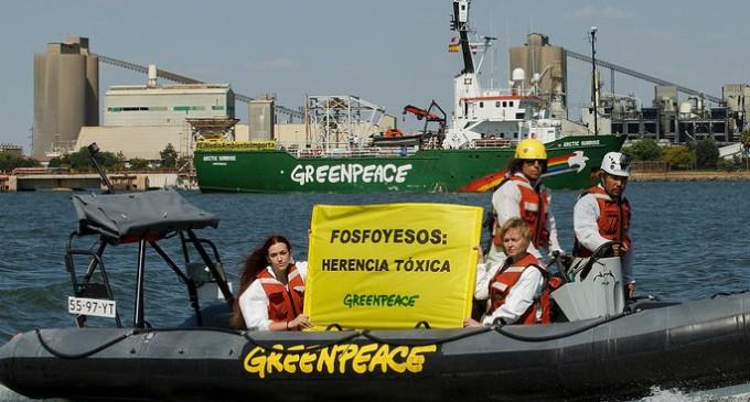 Greenpeace denuncia los vertidos de fosfoyesos de Huelva