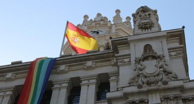 Un Orgullo LGTB en Madrid bajo el apoyo simbólico del Ayuntamiento