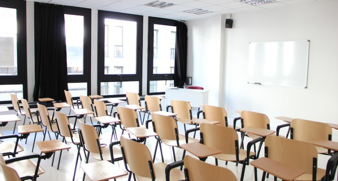 Madrid asfixia a la educación pública