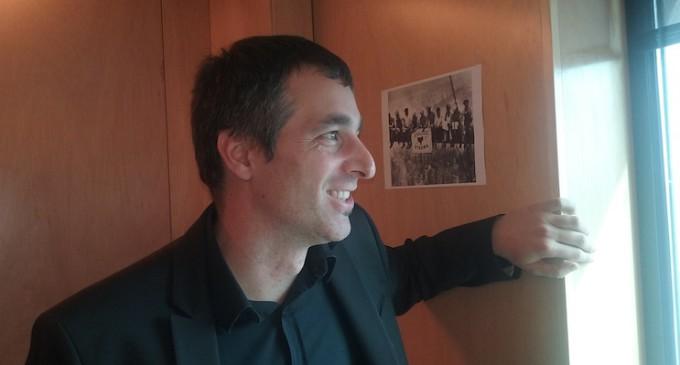 """Iker Urbina, diputado de Amaiur en el Congreso: """"El PNV tiene la llave para solucionar el conflicto de ETA"""""""