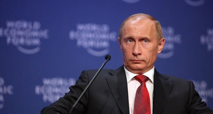 Putin acusa a Turquía de complicidad con Daesh tras el derribo del caza ruso