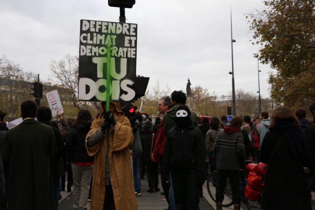 Manifestantes contra el cambio climático en la capital francesa, poco antes del inicio de la Cumbre de París. JB/LG