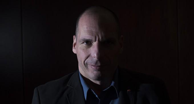 """Yanis Varoufakis: """"No importa si gobiernan PSOE y Podemos, lo que importa es la voluntad para el cambio"""""""