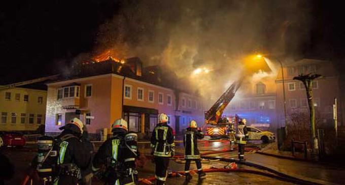 Nuevo ataque racista en Alemania: incendian un albergue para refugiados