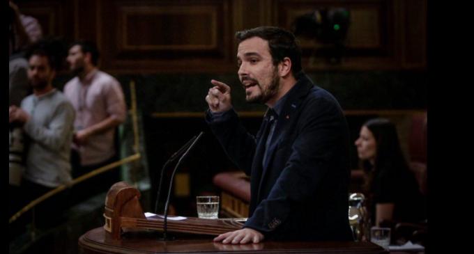 Alberto Garzón ataca al PSOE por no cuestionar las estructuras de poder