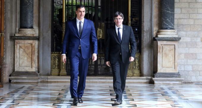 """Puigdemont y Sánchez anuncian una etapa de """"deshielo"""" pero no mueven sus posiciones"""