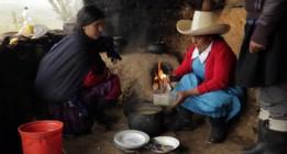 Máxima Acuña, premiada por defender sus tierras frente al extractivismo