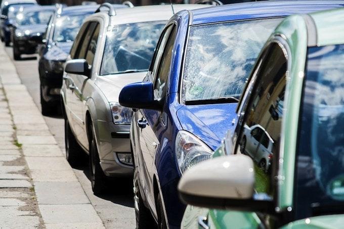Atasco, tráfico. calles contaminación