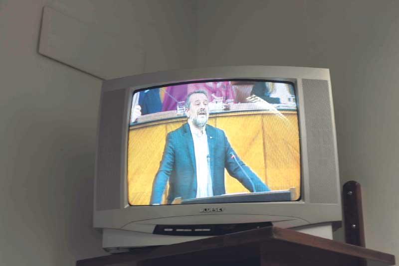 José Antonio Castro interviene en el Parlamento. LAURA LEÓN