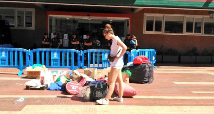 La Policía desahucia a una pareja y sus siete hijos en Alcorcón