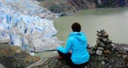 Cantándole merengues a los osos de Alaska